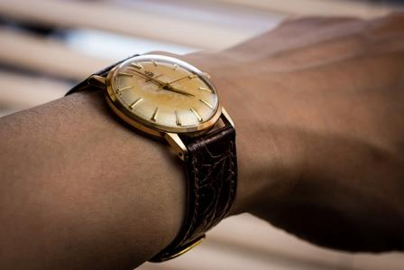 a vintage watch is smaller than today's watches