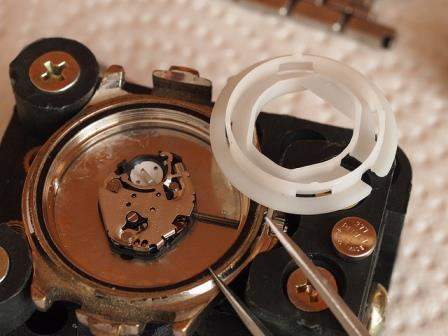 moisture inside wristwatch