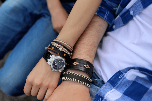 how to wear a watch with bracelets