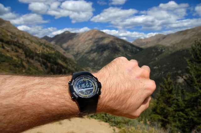best hiking watch under $100